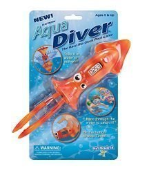 PlayMonster Aqua Diver – The Race-The-Clock Pool Game Orange