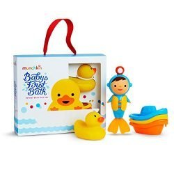Munchkin Baby's First Bath, 3 Piece Bath Toy Gift Set, Bath Gift Set